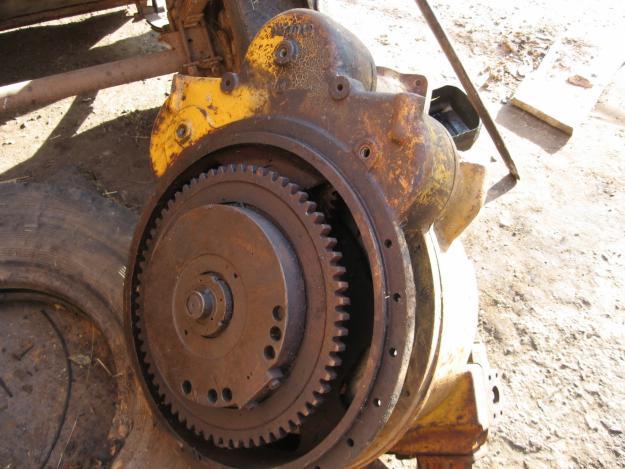 Любые запасные части на бульдозер FIAT-ALLIS HD31 / Раздел трактора